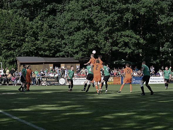 FC Erzgebirge Aue zu Gast, 100 Jahre Fussball in Thalheim