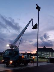 Neueinstellung der Flutlichtanlage